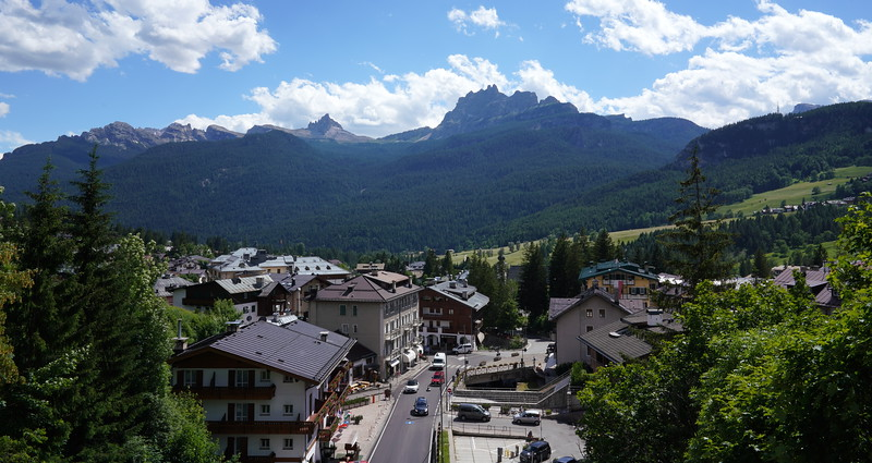 On the way to our first trail in Cortina