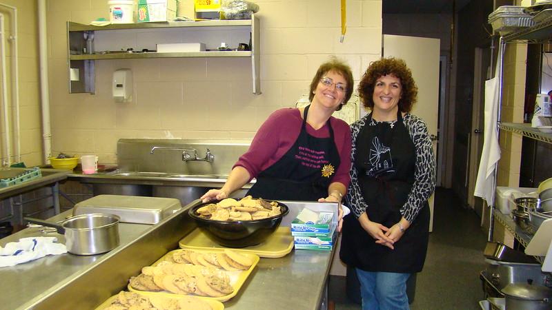 2007-12-01-Homeless-Lunch_007.jpg