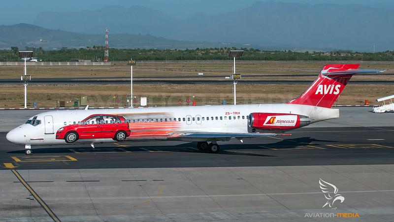 1Time McDonnell Douglas MD87 ZS-TRH (1st. AVIS livery)