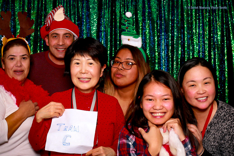 Medtronic Holiday Party -452.jpg