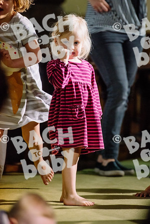 © Bach to Baby 2017_Alejandro Tamagno_Victoria Park_2017-07-12 015.jpg