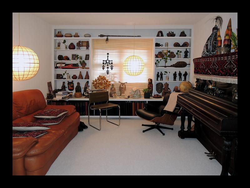 6. Living Room.JPG