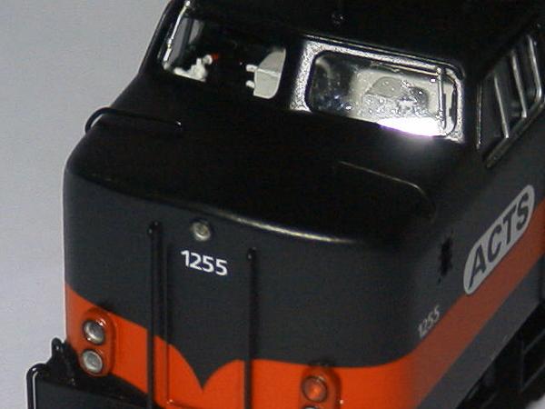 philotrain 870-24-8 1255 ACTS zwart detail kop2.JPG