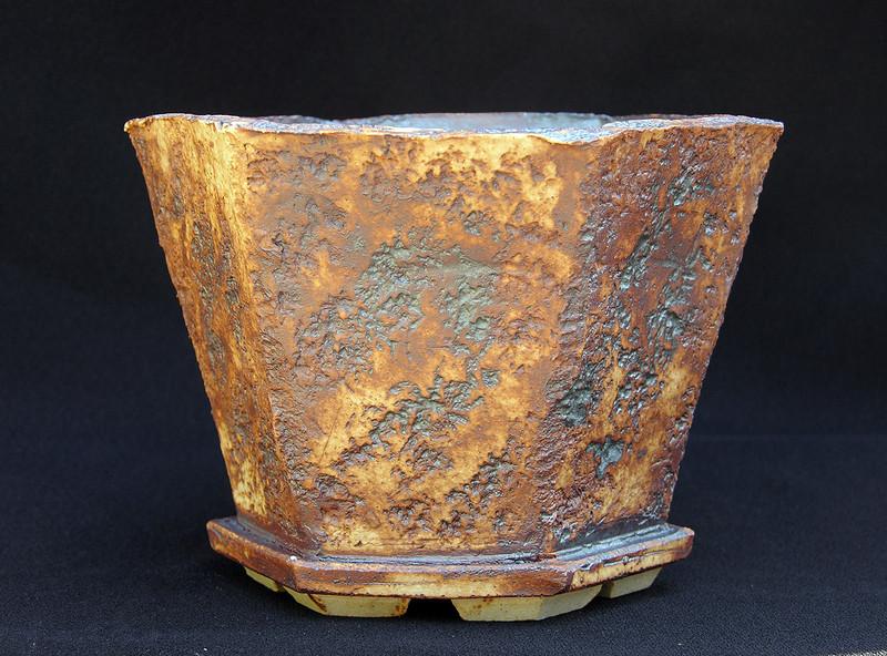 Stoneware with iron oxide