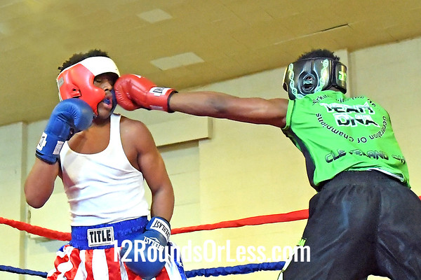 Bout 10 Rasheen Ali, Red Gloves, Cleveland -vs- Tyree Chapman, Blue Gloves, Lorain