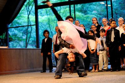 """Gotta Dance!"" , Portola Valley Homeschool Choir - 2008-06-14"