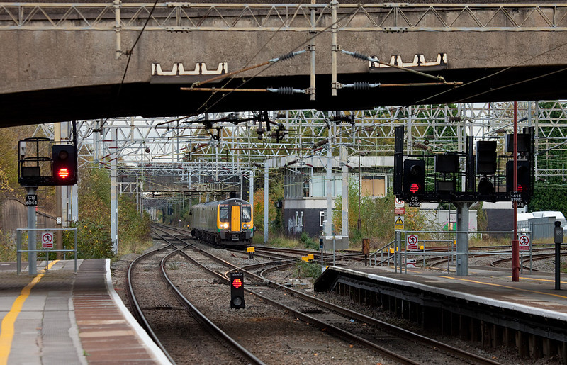 LondonMidland Desiro 350 127 approaching Coventry station.