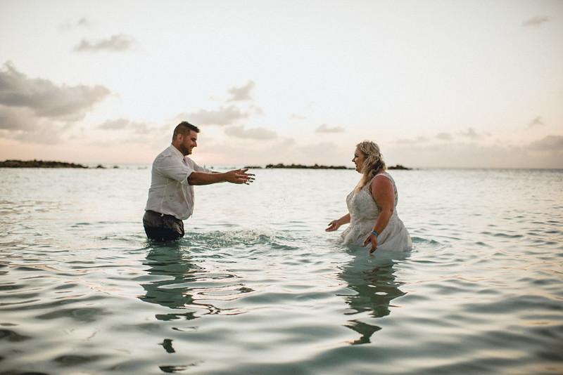 Requiem Images - Aruba Riu Palace Caribbean - Luxury Destination Wedding Photographer - Day after - Megan Aaron -25.jpg