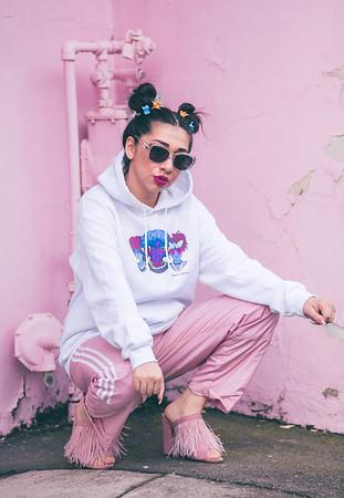Mayra - Pink Shoot
