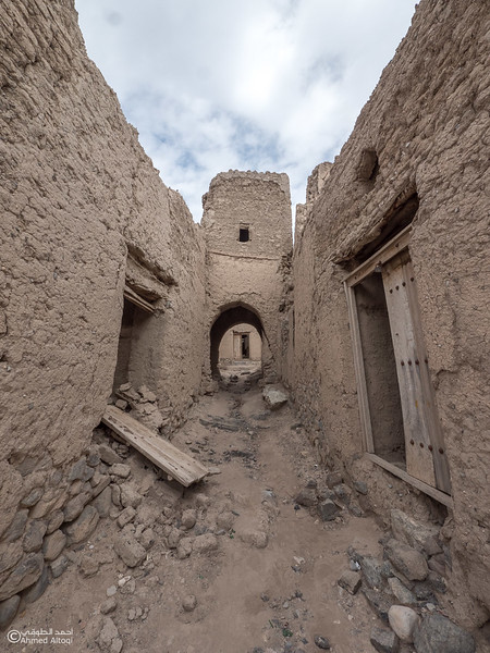 P1211520-Bahla- Oman.jpg