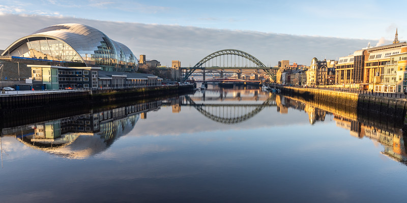 Dawn on the River Tyne in Newcastle/Gateshead
