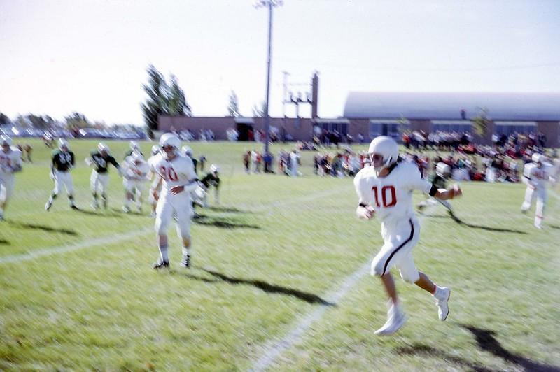 ARS103.  #10 Doug Burgum – Arthur football - 1973‡.jpg