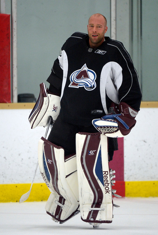 . Colorado Avalanche G J.S. Giguere (35) skates back to the goal after a water break during practice.  (Photo By John Leyba/The Denver Post)