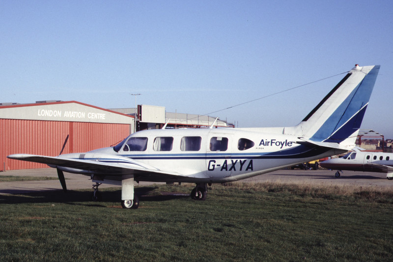 G-AXYA-PiperPA-31-310Navajo-Private-EGGW-1988-11-12-DA-10-KBVPCollection.jpg