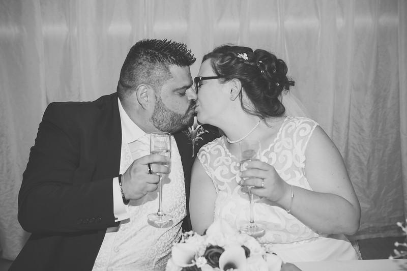 Mr and Mrs Lee-256.jpg