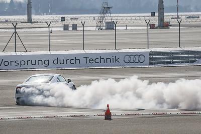 cars.race