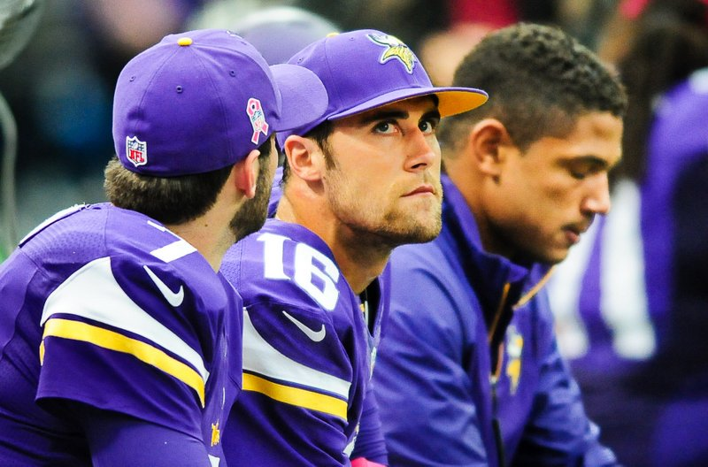 ". <p>1. VIKINGS QUARTERBACKS <p>Moe failed. Curly failed. Now, it�s Shemp�s turn to be top Stooge. (unranked) <p><b><a href=\'http://www.twincities.com/vikings/ci_24324081/vikings-now-christian-ponder-says-i-have-figure\' target=""_blank\""> HUH?</a></b> <p>   (Pioneer Press: Ben Garvin)  <p>OTHERS RECEIVING VOTES <p> Ted Cruz, Greg Oden, October snow, Rob Gronkowski, Banksy, Irving Fryar, Michael Bay,  Jay Ratliff, Mark Cuban, Mexican soccer, Prince�s pajama party, Trey Metoyer, �Thursday Night Football�, Chris McDonald, Kris Humphries, Jenny McCarthy, Ohio University, Spirit Airlines, Justin Bieber. <p> <br><p> Kevin Cusick talks fantasy football, and whatever else comes up, with Bob Sansevere and �The Superstar� Mike Morris on Thursdays on Sports Radio 105 The Ticket. Follow him at <a href=\'http://twitter.com/theloopnow\'>twitter.com/theloopnow</a>."