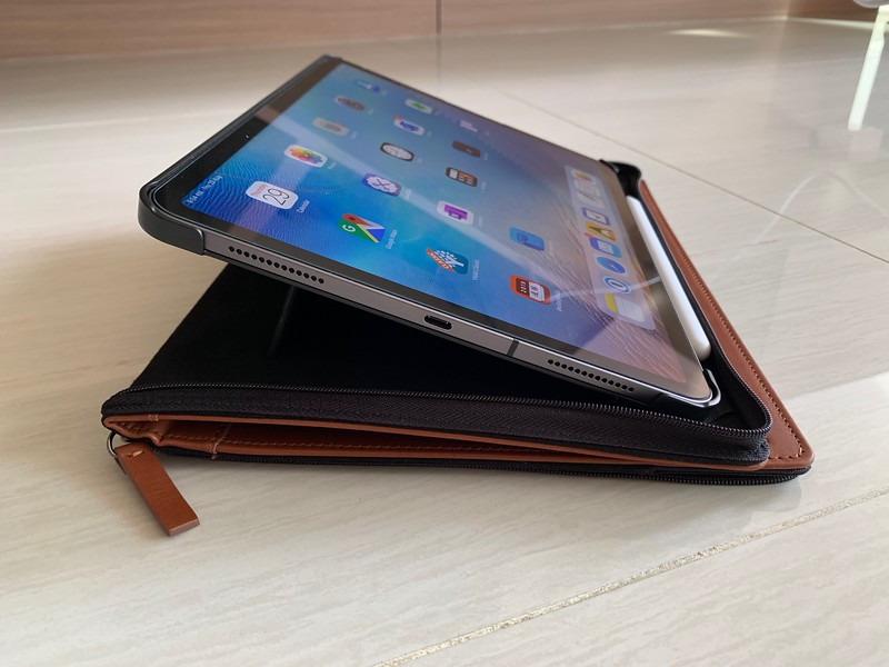 The built-in kickstand that positions your iPad