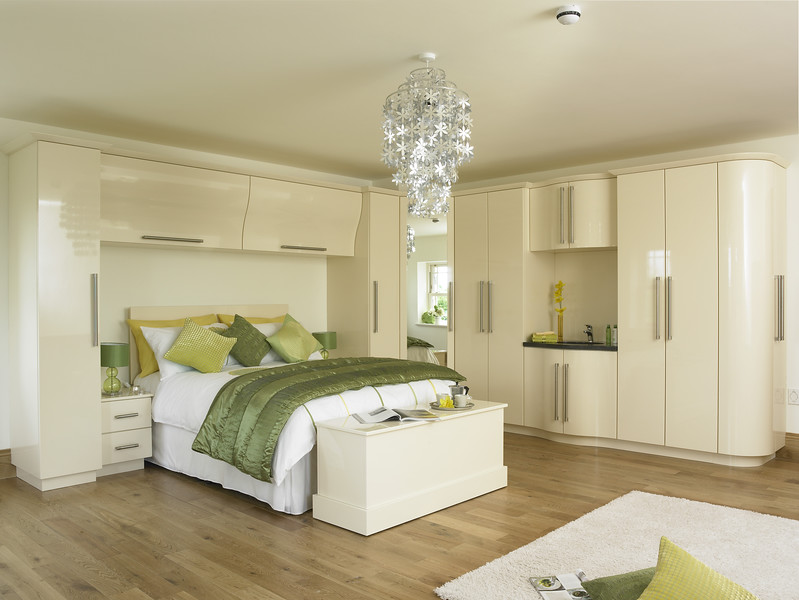 Duleek Cream Gloss.jpg