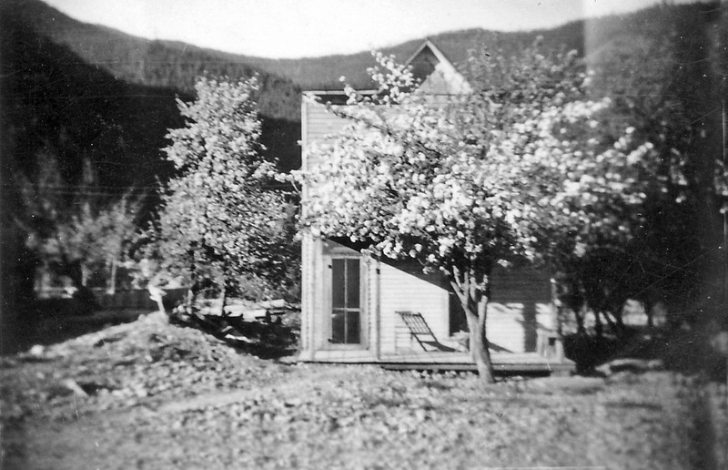 Margaret Wilcox Nelson house in Murray ID before moving there.jpg