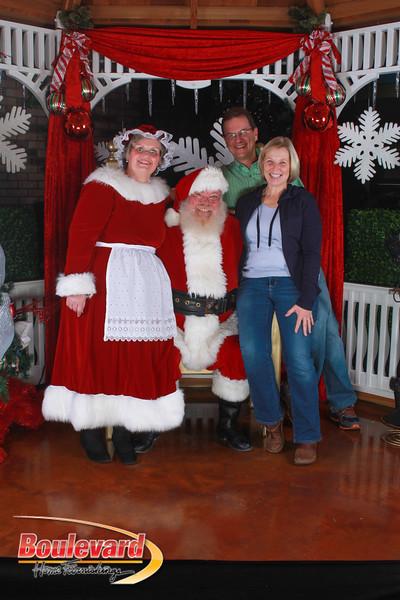 Santa 12-17-16-460.jpg