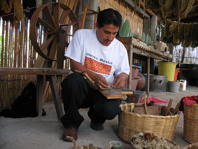 Teotitlan Weaving and Dyeing