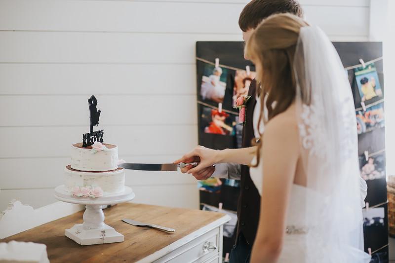 Krotz Wedding-293.jpg