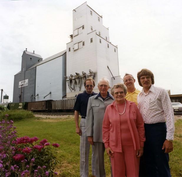 ARE031.  Rick, Al &  K Burgum, Joe Peltier, Brad B – Farmers.jpg