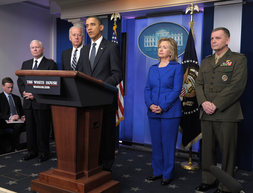 . President Barack Obama, center, accompanied by, from left, Defense Secretary Robert Gates, Vice President Joe Biden, Secretary of State Hillary Rodham Clinton, and Joint Chiefs Vice Chairman Marine Gen. James Cartwright, speaks about the Afghanistan-Pakistan Annual Review, Thursday, Dec. 16, 2010, at the White House in Washington. (AP Photo/Susan Walsh)