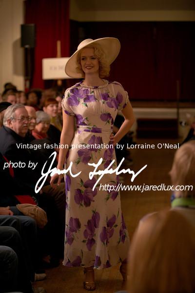 vintage_fashion_show_09_f0251464.jpg