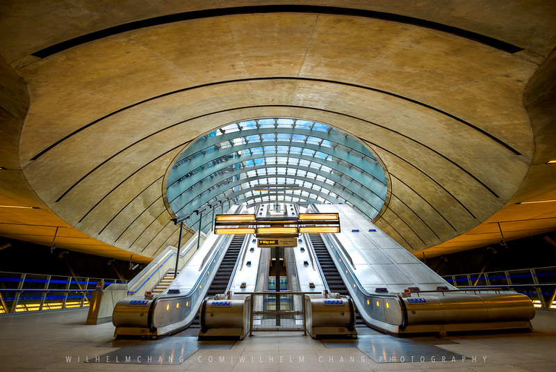 Canary-Wharf-Tube-Station.jpg
