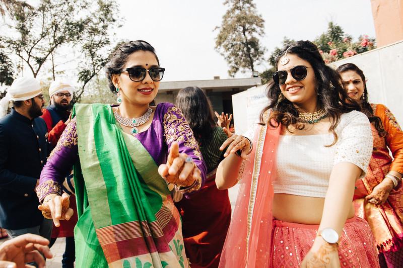 Poojan + Aneri - Wedding Day EOSR Card 1-0403.jpg