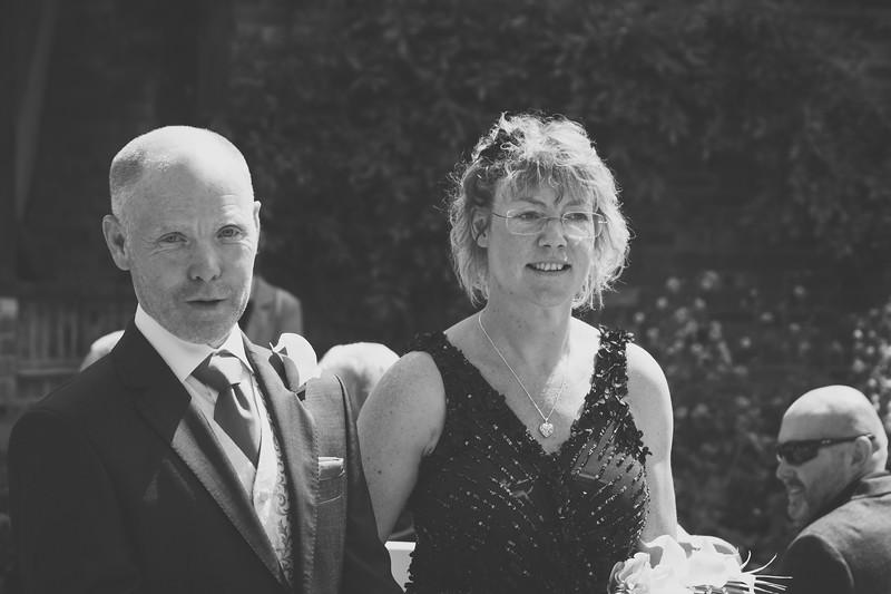 Mr and Mrs -59.jpg
