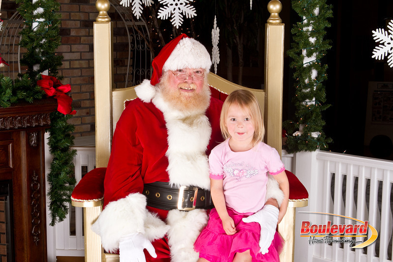 Santa Dec 8-194.jpg