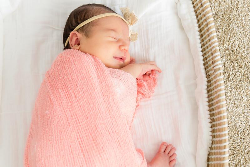 Mila Newborn-140.jpg
