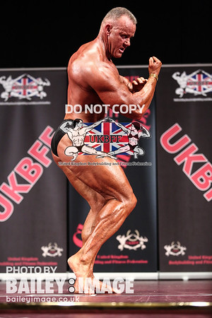 MASTERS BODYBUILDING OVER-40