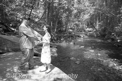 Jazmyne & Kyle's Engagement Session