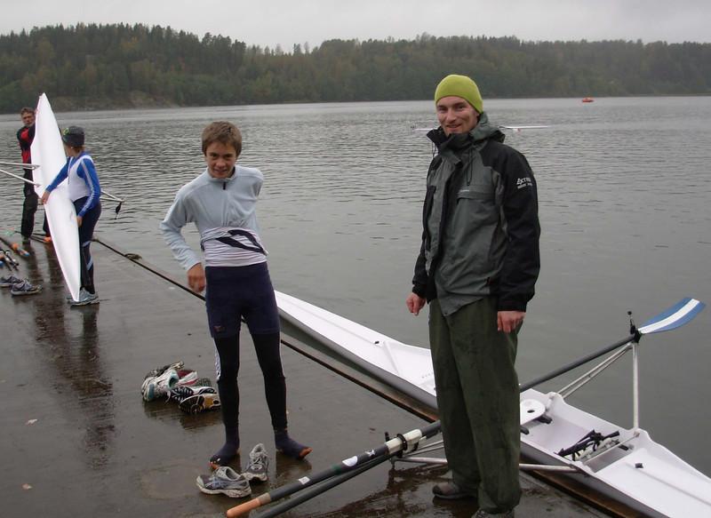 Jens får de siste instrukser av trener Arne