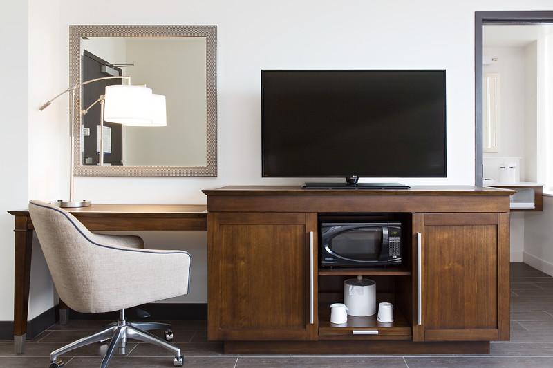 38-Guestroom Desk and Kitchenette-Hampton Dalla.jpg