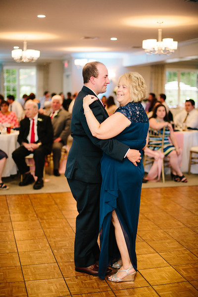 amie_and_adam_edgewood_golf_club_pa_wedding_image-987.jpg