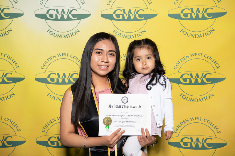 Scholarships-Awards-2019-0898.jpg