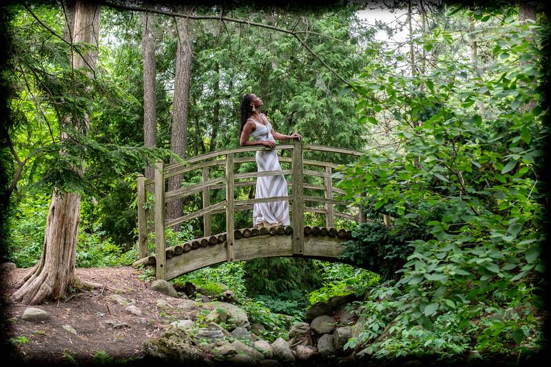 Tasha at Fabyan Japanese Garden (Jun 21)