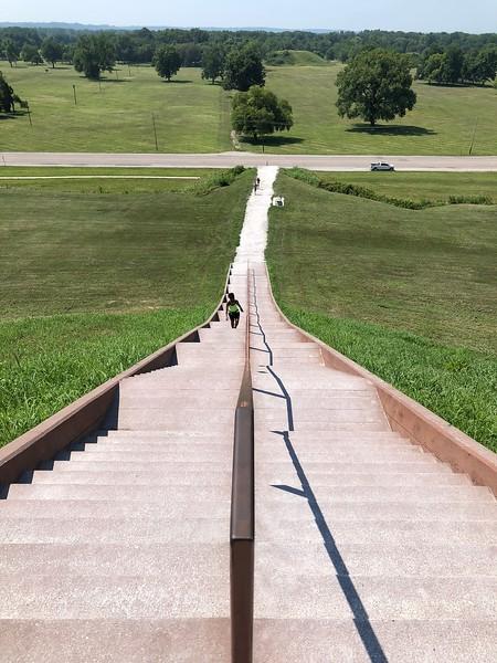 Cahokia - Monks Mound - looking down.jpg
