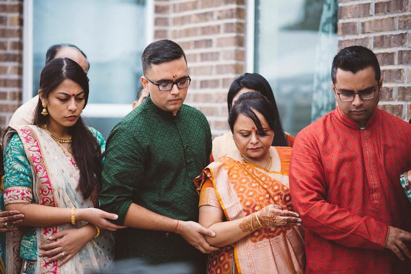 Smiral + Fae - Grahshanti & Mehndi - D600-7445.jpg