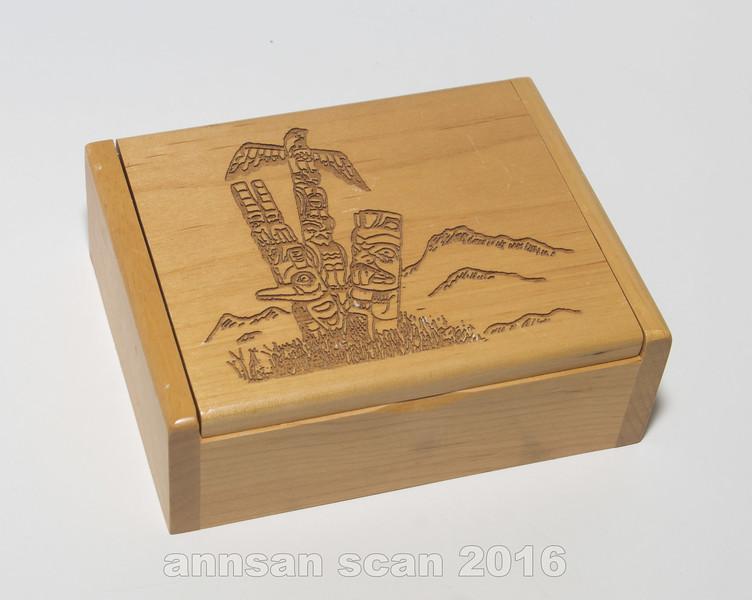 alaskapyrographytrinketbox01.jpg