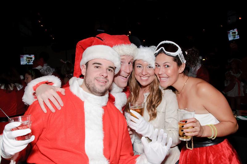 2009 ALS Santa Crawl-84.jpg