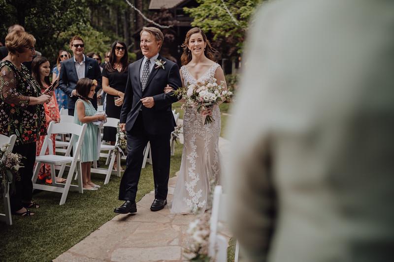 2018-05-12_ROEDER_JulieSeth_Wedding_ROEDER1_0112.jpg