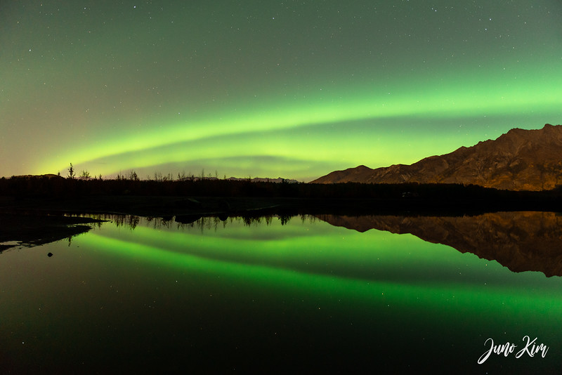 Sept30_NorthernLights_Knik__6103841-Juno Kim.jpg