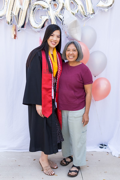 20191208_emilie-ut-grad-party_027.jpg