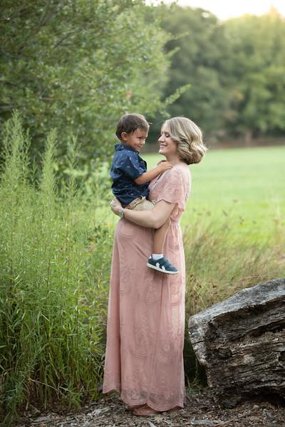 Shana Maternity-73.jpg